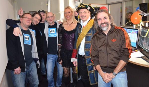 Die Gewinner im Studio: (v.r.) Braunschweig Pension, Freibeuter und Jan-Heie Erchinger für die Schlawiner. Foto: Radio38